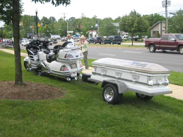 Elvis Presley Coffin Elvis presley's coffin!